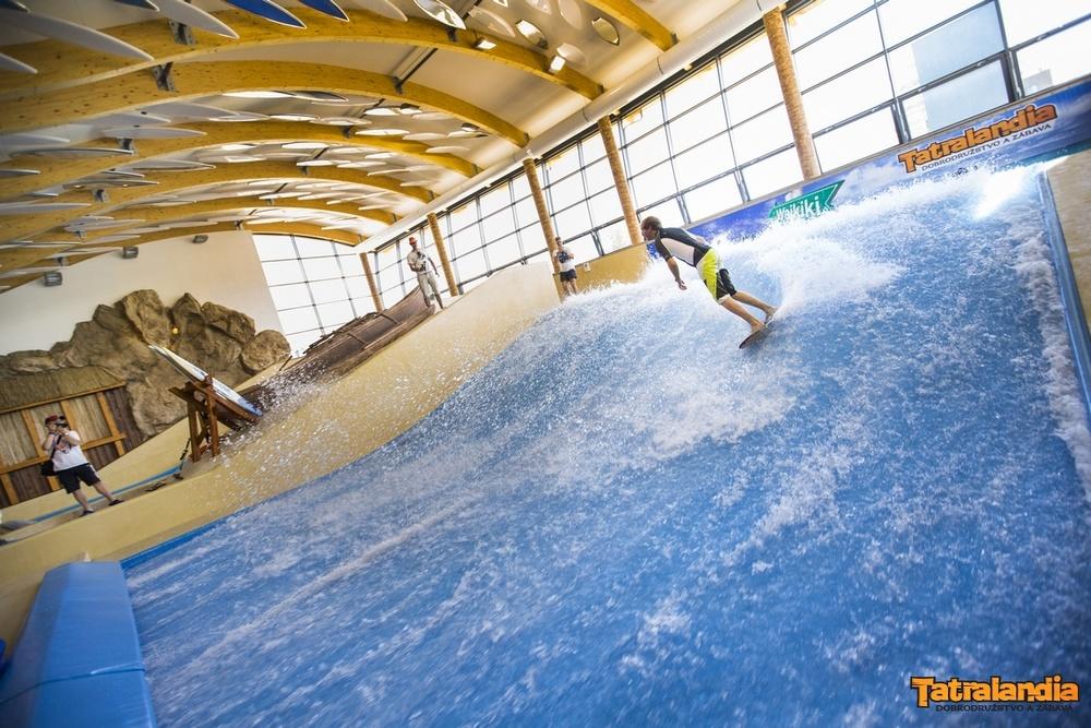 Surf wawes